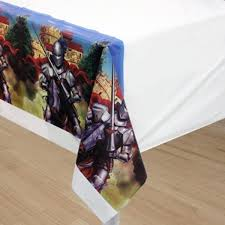 Valiant Knights & Castles Party Plastic Tablecover