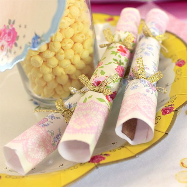 Truly Scrumptious Party 4'' Mini Saucer Crackers