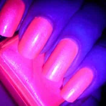UV Nail Varnish