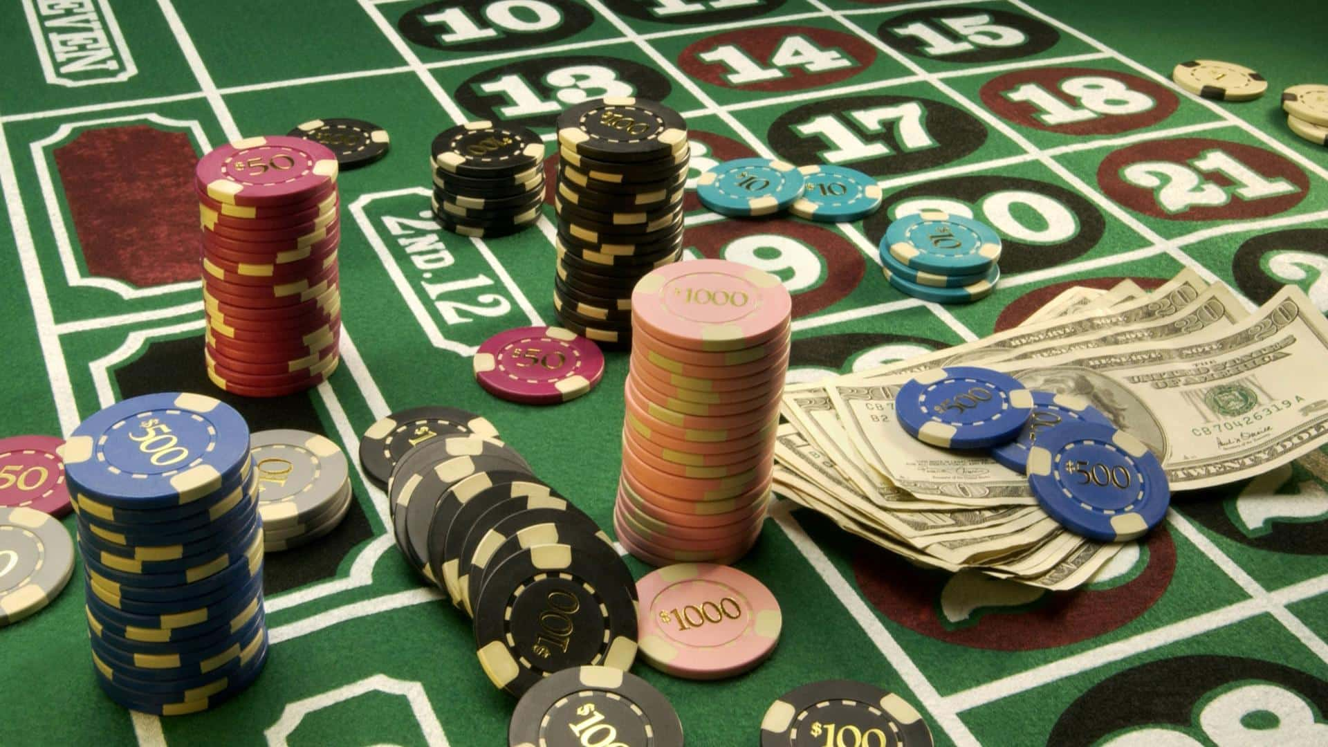 Buy Casino themed party decorations Fun Party Supplies