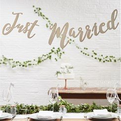 Wedding Beautiful Botanics Wooden 'Just Married' Bunting
