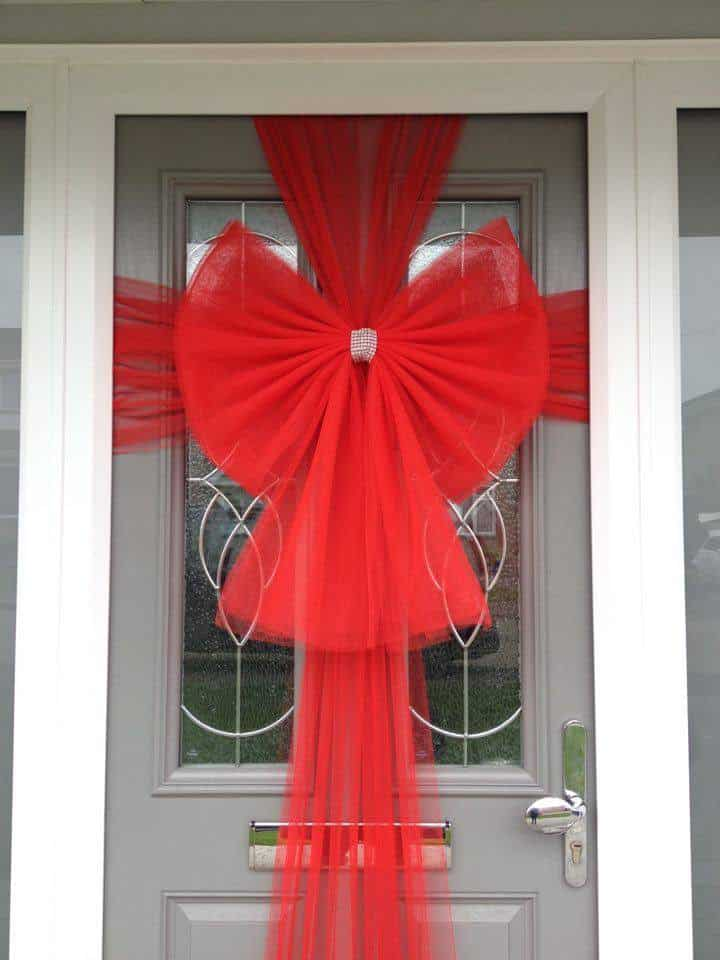 Buy christmas red door bow fun party supplies next day for Kit decoration porte isoplane
